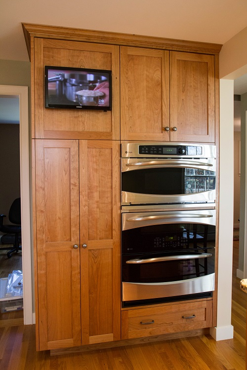 vermont-custom-cabinetry-frameless-cherry-natural-3