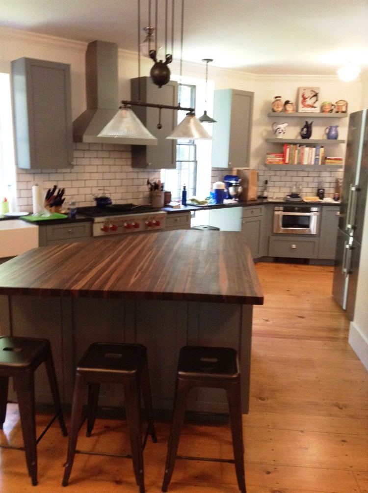 shaker-gray-walnut-top-custom-kitchen-2