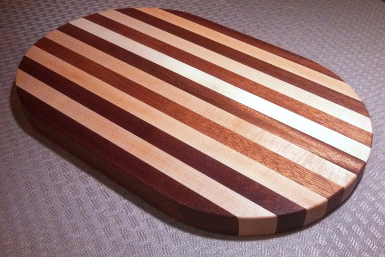 mahogany-maple-karly-cutting-board-1