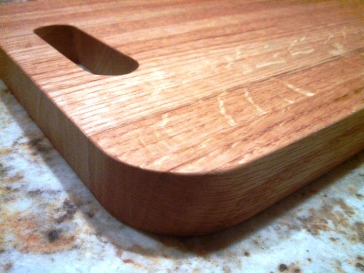 the-ryan-cutting-board-oak-1
