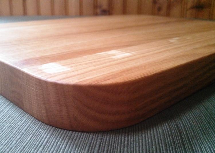 wendy-cutting-board-oak-radius