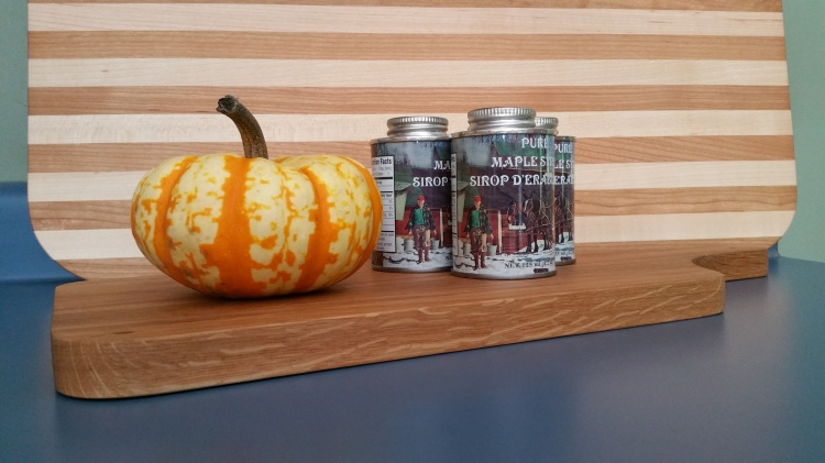 mini-pumpkin-maple-syrup-cutting-boards (1).jpg