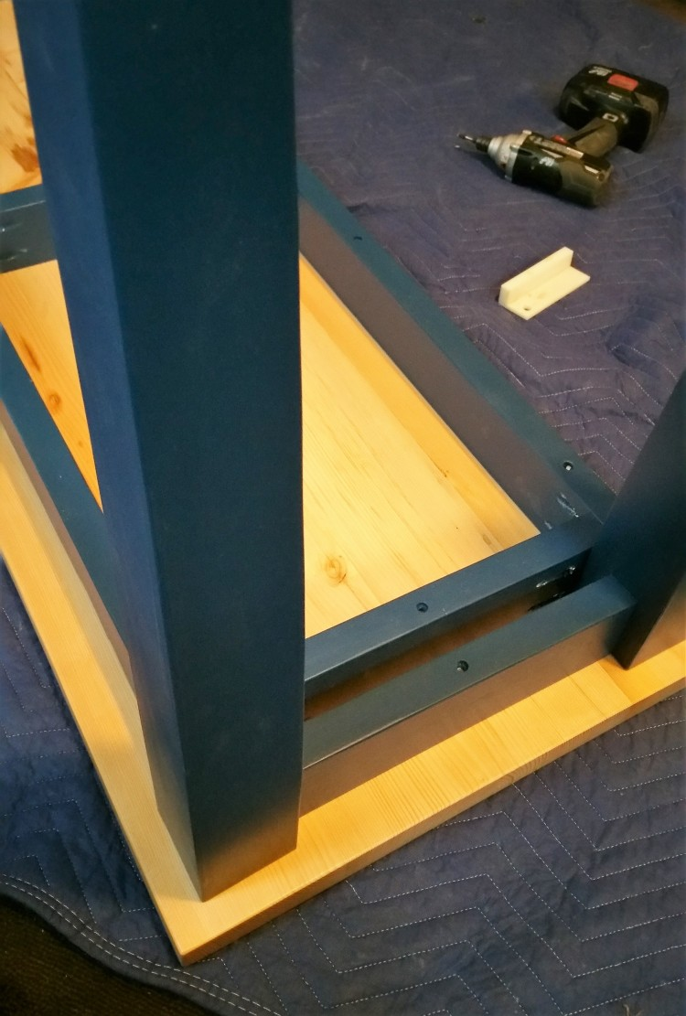 sofa table assembly